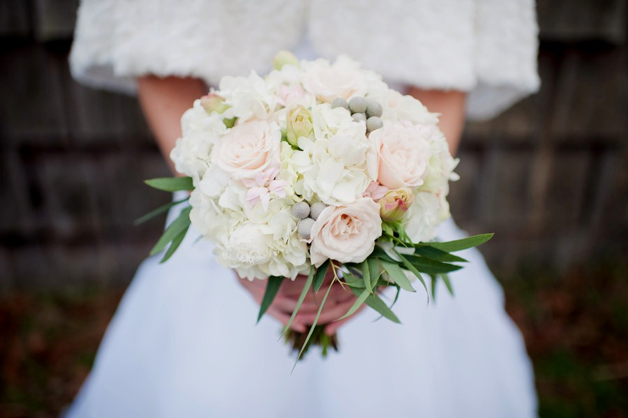 Winter Wedding Flowers Bridal Bouquet 2017 Pictures of bouquets