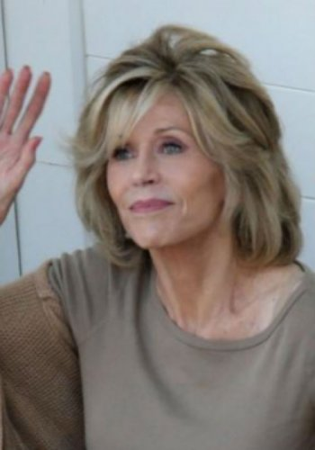 Jane Fonda Haircuts Shaggy Bobs Womanly Waves And The