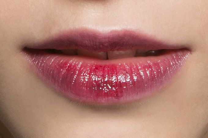 The effect of snogged lips: three simple techniques of applying and lifehacks