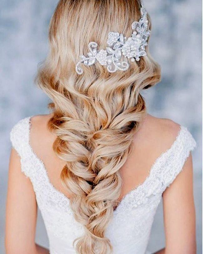 Beautiful wedding hairstyles in 2019: part 1