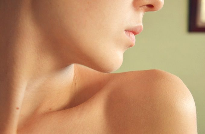 Tips of How to Prevent Your Neck from Skin Irritation