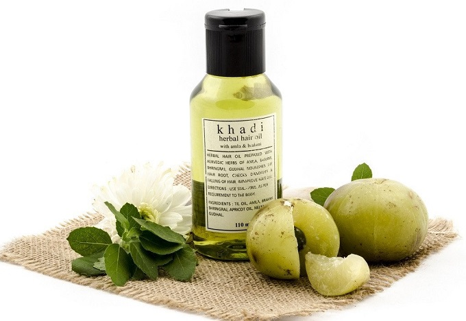 Searching For Best Herbal Hair Oil To Avoid Hair Loss And Dry skin