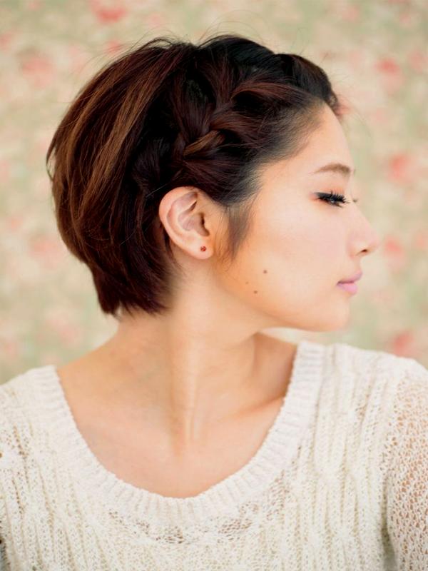 Прически и косы на короткие волосы своими руками