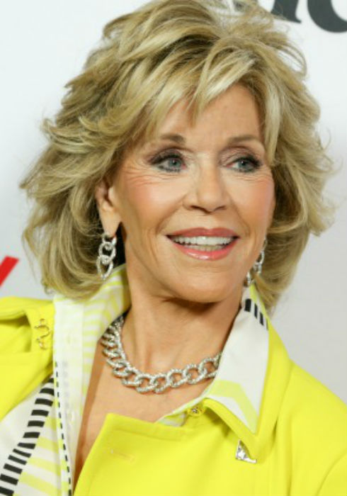 """Jane Fonda Haircuts: Shaggy Bobs, Womanly Waves and the """"Klute"""""""